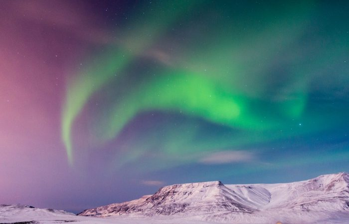ui design trends aurora wind 5 - UI Freebies
